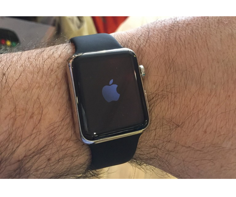 apple-watch-jean-marc-ouvre